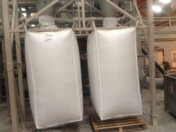 Top filling plain base bulk bags